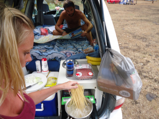 Spaghetti Bolognaise: A quick and easy recipe for cooking in a campervan
