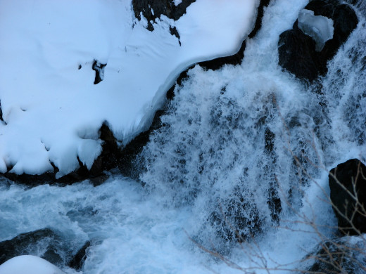 With an uncorrected white balance, the snow and water looks blue.