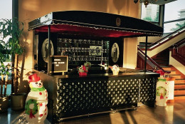 It is easy to set up a small home bar if you know what you need.