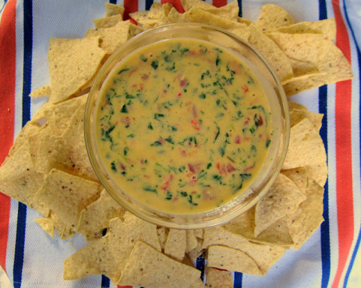 Spinach con Queso with Warm Tortilla Chips