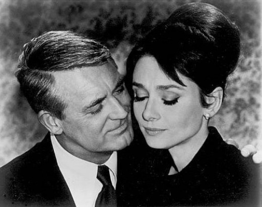 Assign your guests classic movie star names, like Cary Grant or Audrey Hepburn, at your Oscar party dinner.