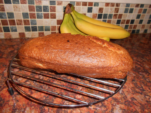 Ta-daa! Easy banana loaf.