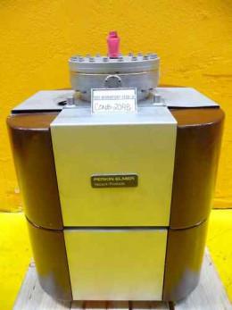 a Perkin-Elmer ion-pump