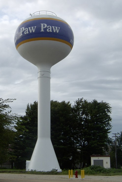 Water tower in Paw Paw, Illinois built with funds from a federal earmark
