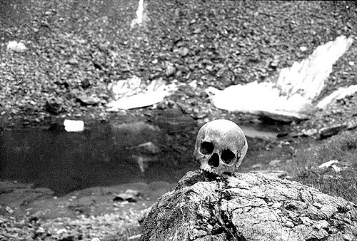 Roopkund or the Skeleton Lake is also one of the creepiest places in India
