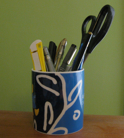 Pens and stationary holder