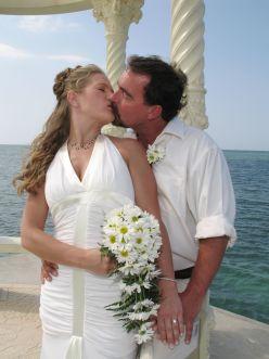 Should I Plan A Destination Wedding?  The Pros and Cons