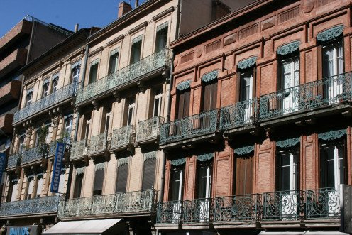 Buildings in rue Bayard, Toulouse