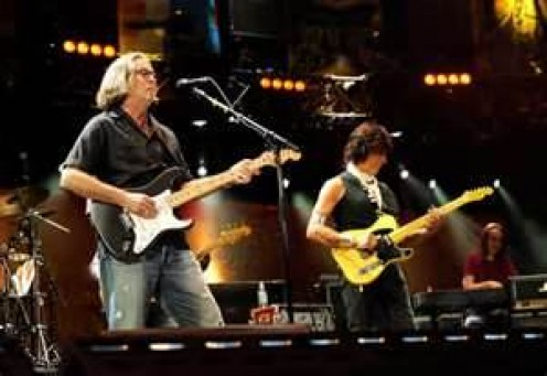 Clapton plays with Jeff Beck at Crossroads