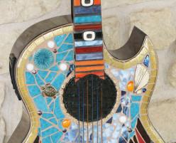 dichroic stringers as guitar strings