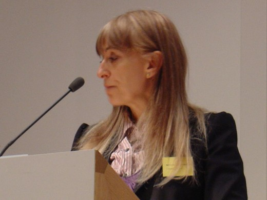 Baroness Susan Greenfield giving a talk at the Said Business School, Oxford, as part of the Tomorrow's People conference on life extension in March 2006.