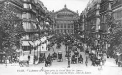Avenue de l'Opéra, Paris, circa 1900