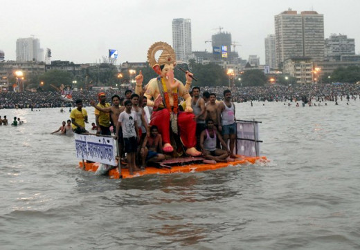 Immersion of Lord Ganesha in Mumbai Sea water