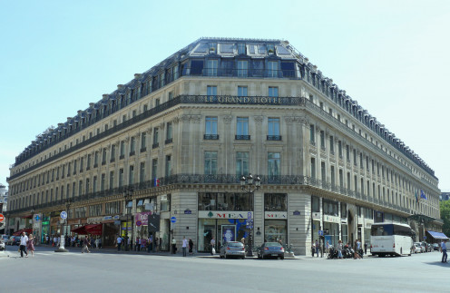 The Grand Hôtel, seen from Place Charles-Garnier, between rue Scribe, right, and rue Auber, left