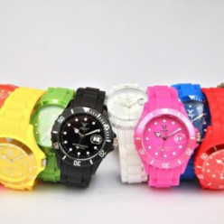 Brightly Coloured Trendy Items For 2013