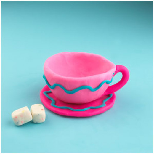 What fun is pretend food without pretend plates, bowls, teacups, etc. Help your Little One's create their own Play-Doh crockery.