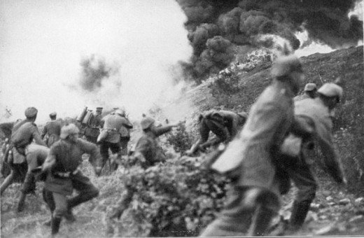 A picture of a German infantry attack, in which both grenades and flamethrowers were used.