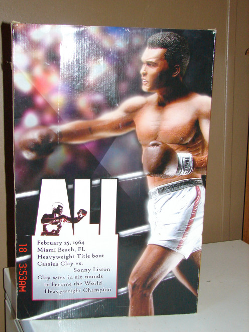 This is the back cover of the Muhammad Ali box.  This is a collector's dream.