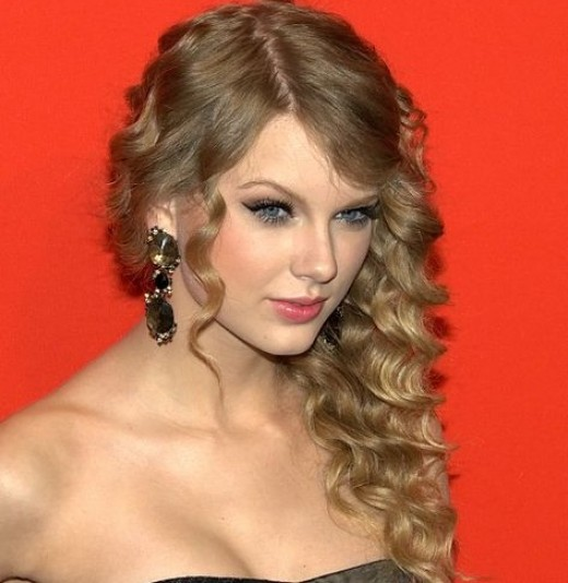 How to Look Like Taylor Swift