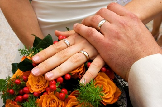 Once upon a time, almost everyone was expected to get married.  Nowadays, it is viewed as more of a personal choice.  Here are some advantages and disadvantages associated with tying the knot.