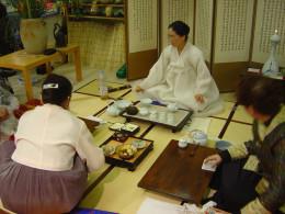 Tea ceremony, called Sarei, is unique feature of Zen Buddhism