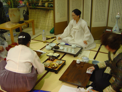 Tea ceremony, called Sarei, is unique feature of Zen Buddhism