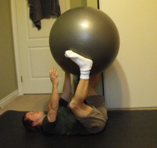 Me doing ball passes using my stability ball.