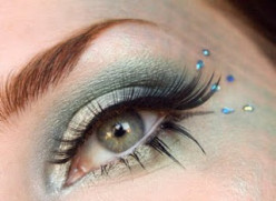 Mermaid Inspired Eye Makeup Tutorial