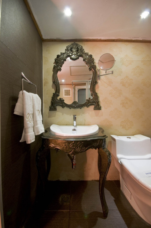 Bathroom of Super Deluxe Salom