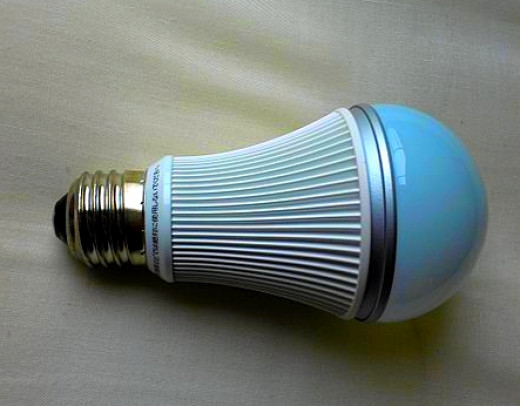 Most Energy Efficient Light Bulbs with Lowest Lifetime ...