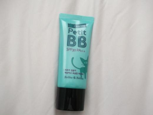 Holika Holika Clearing Petit BB Cream package.