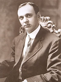 Edgar Cayce is the Father of Hugh Lynn Cayce