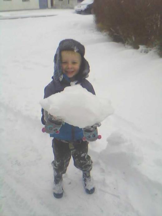 NEYO'S SNOWBALL.