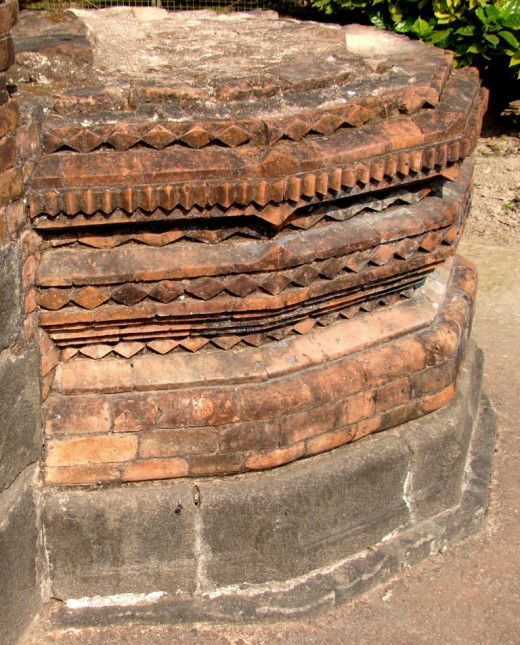 Cut-brick terracotta; Chamkati mosque
