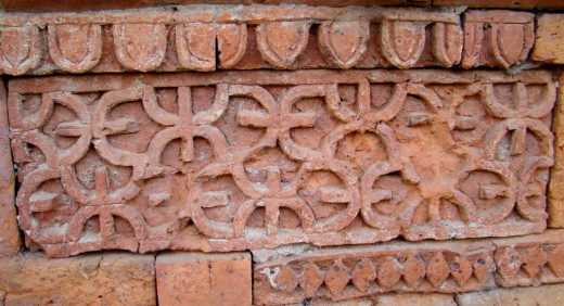 Terracotta design; Eklakhi mausolium 2