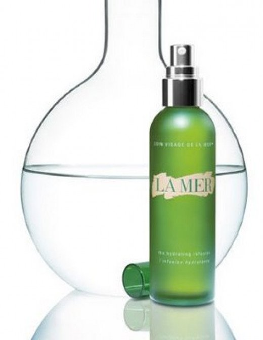 Creme de La Mer with cell renewing Miracle Broth