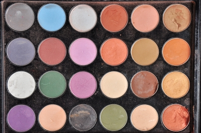 you tend to use the same colors consistently in eyeshadow sets. remember to clean around the colors after using to avoid contaminating other shades.