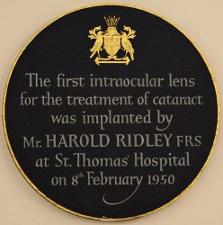 Plaque commemorating the Ridley's first intraocular implant surgery.
