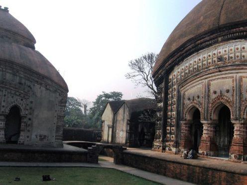 From L to R : KrsnaChandra,SriChaitanya and BrindabanChandra temples