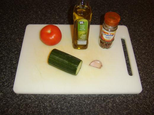 Cucumber salsa principal ingredients