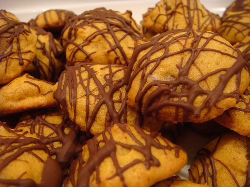 Pumpkin Chocolate Chip Cookies with Chocolate Drizzle
