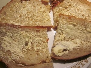 Bread with oleo (optional)