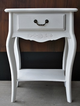 Painted shabby chic furniture can be accessorized by using brass or silver hardware!