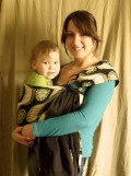 The Benefits of Baby Carriers and How to Wear a Ring Sling