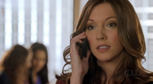 Laurel should try texting the hood next time to save her anytime minutes.