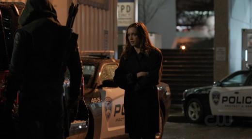The hood breaks up with Laurel.