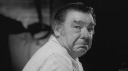A true icon in the world of horror, Lon Chaney Jr. shines bright as Bruno.