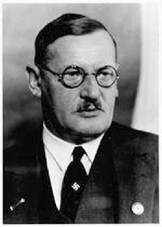 Anton Drexler, founder of the DAP.