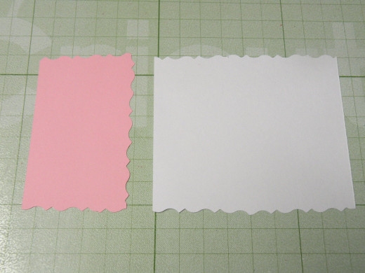 White background & Pink background scalloped edges