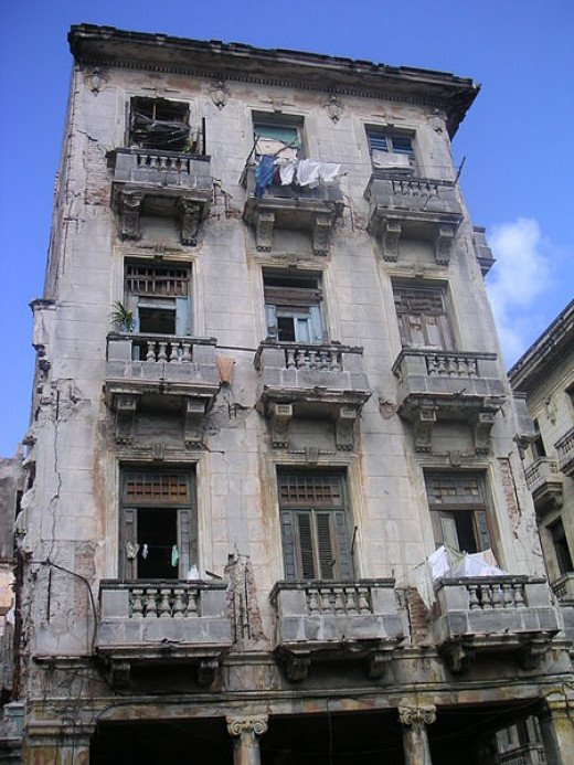 Mark Scott Johnson photographed these apartments in Havana, Cuba on September 15, 2003.